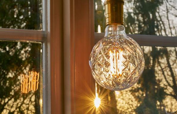 Berömda Översättningstabell - LED-lampor vs Lågenergi | Lampan.se YT-75